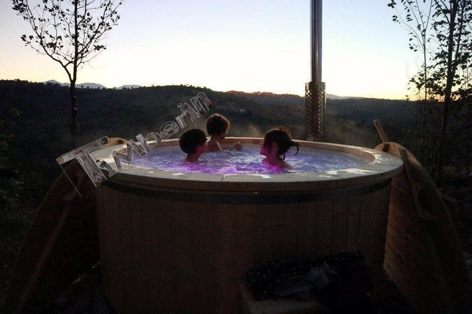 Wellness royal hot tub with 2 led lights and external heater