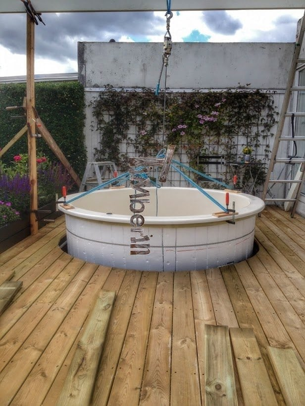 Wood Fired Electrically Heater Hot Tub Sunken Built In