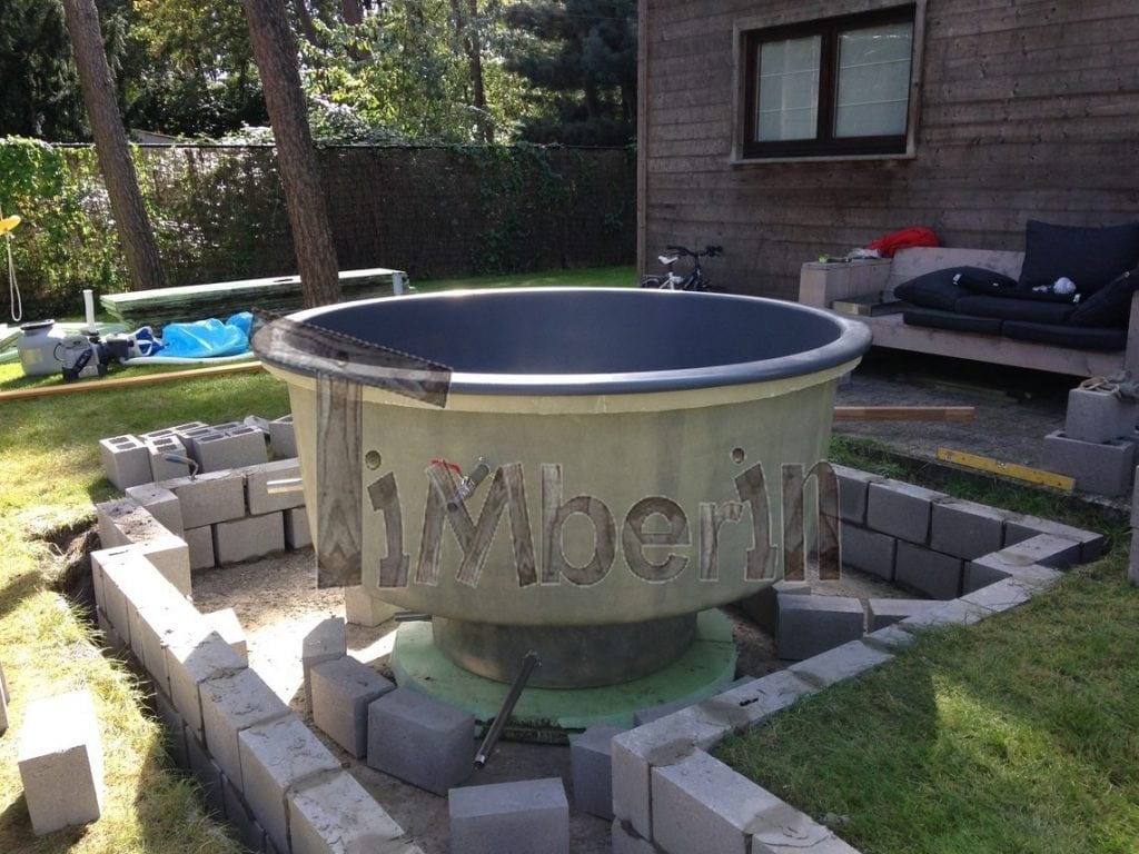 Wood fired electrically heater hot tub sunken built in for Fiberglass garden tubs