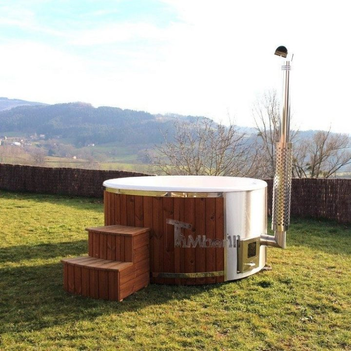 Fiberglass Lined Hot Tub With Integrated Burner Wellness Royal, Lisa, Cuinzier, France (1)
