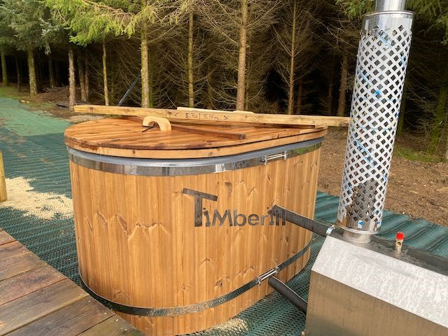 Oval-hot-tub-for-2-persons-with-fiberglass-liner-David-Redruth-UK-3 Testimonials