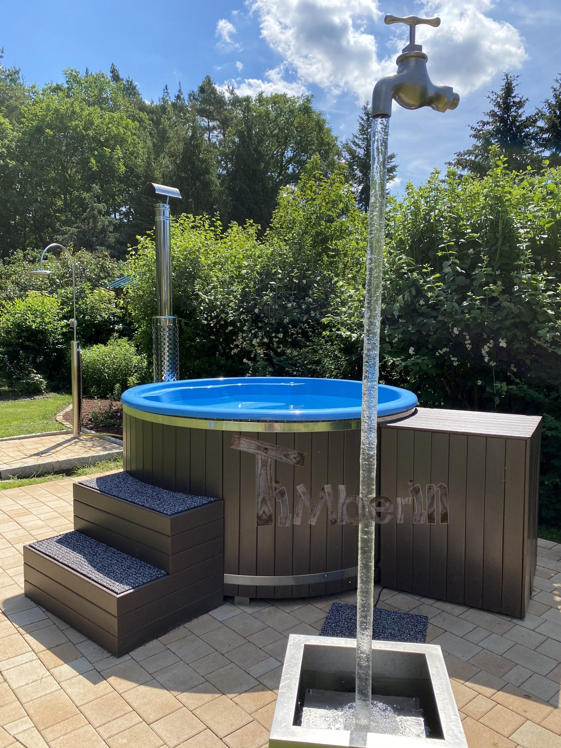 Outdoor-whirlpool-hot-tub-with-Smart-pellet-stove-Rocco-Eggersdorf-Germany-3-scaled Testimonials