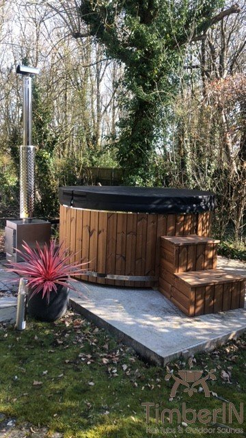 Wood burning heated hot tubs with jets, rachel, kent, united kingdom