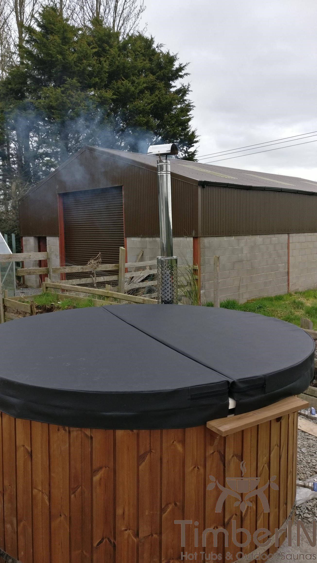 Wood burning heated hot tubs with jets – TimberIN Rojal Geoff Armagh United Kingdom 1