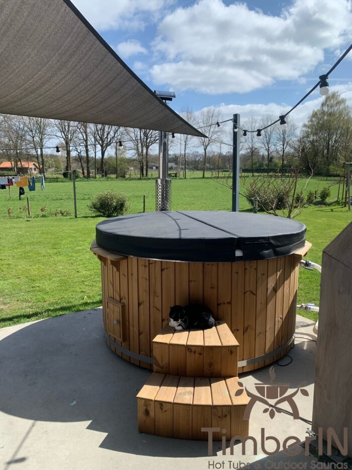 Wood burning heated hot tubs with jets – timberin rojal, erik, hierden, netherlands (1)