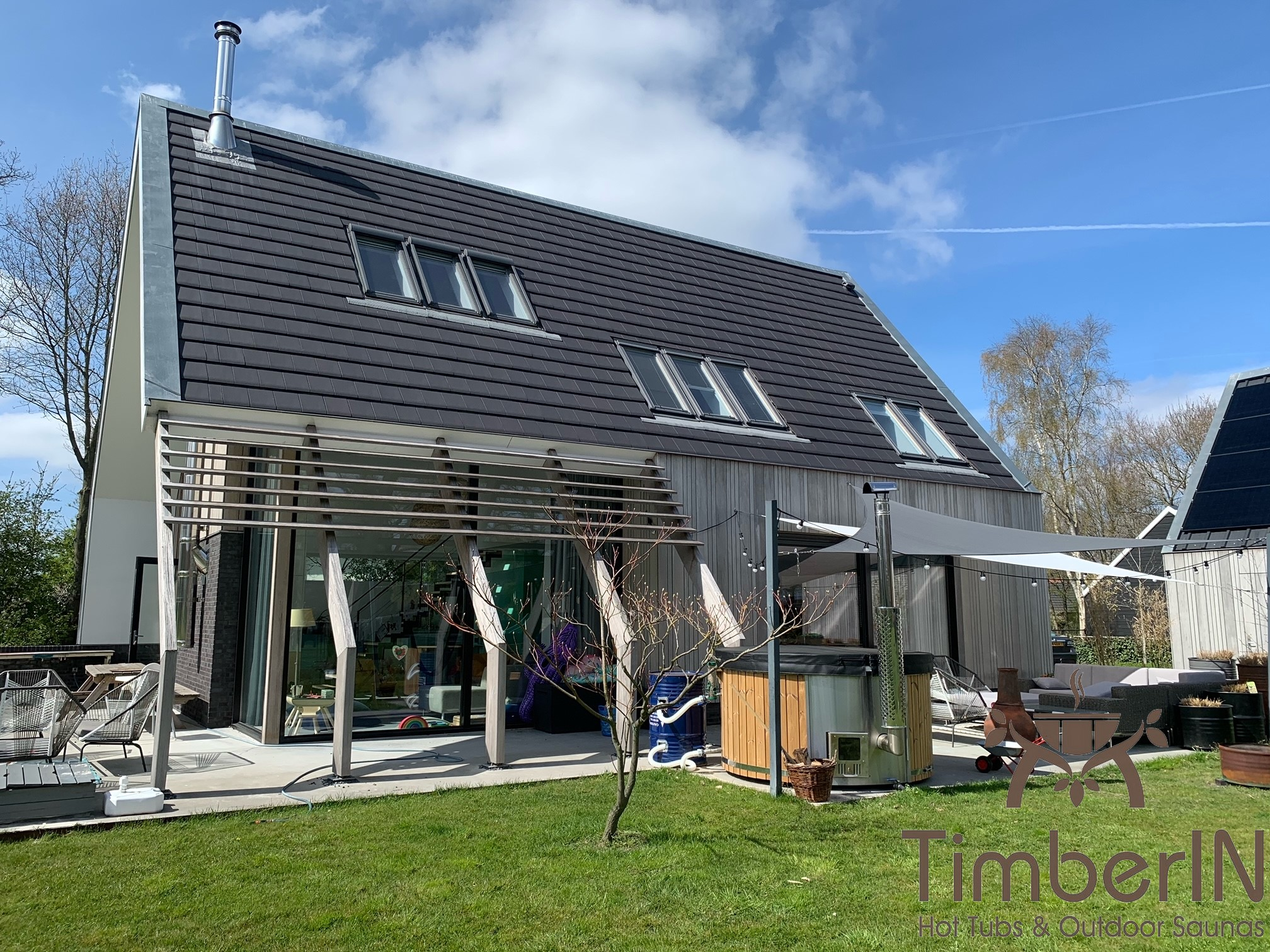 Wood burning heated hot tubs with jets – TimberIN Rojal Erik Hierden Netherlands 3