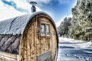garden-wooden-barrel-sauna-Scotland Sauna gallery
