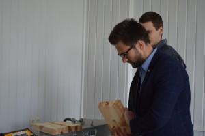 Albert_TimberIN_at_University_lab_testing_wood_and_fiberglass_(7) University